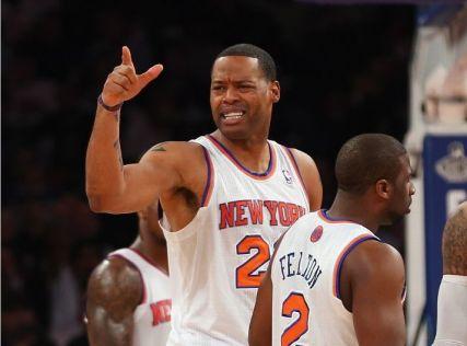 Camby_Knicks