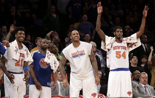 Knicks_benchcelebration